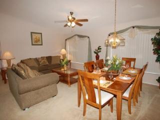 4 Bed 2 Bath Pool and Spa Home Near Disney. 503BC, Orlando