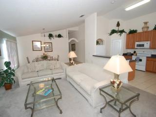 Pet Friendly 4 Bed 3 Bath Private Pool Home near Disney. 519OBC, Orlando