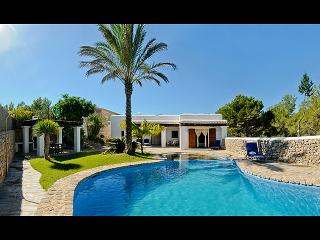 Ibicencan villa nearby 2 beaches plus tennis court, Ibiza