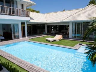 Dream Villa for friends or family in Bali / Umalas, Seminyak