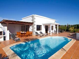 Villa Marta, Playa Blanca
