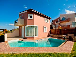 Holiday Villa, Private Pool, Sea View, Near Beach, Chania Town
