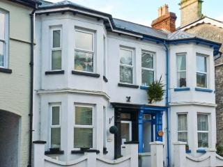 1 BROOKLYN VILLAS, period terraced cottage, family-friendly, close to amenities and beach, in Beer, Ref 31083