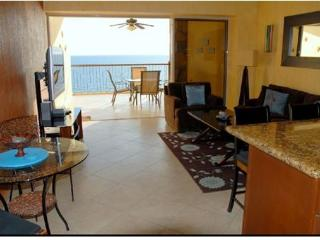 Luxury Beach Front Condo at The Sonoran Sky Resort, Puerto Penasco