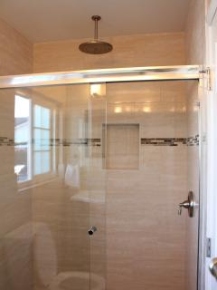Bathroom 2 - Rainfall shower