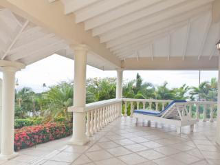 Coolo Breezo - Beautiful Panoramic Views of Tobago