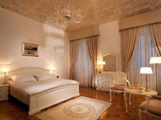 Antiq Palace, Two-bedroom Apartment (135 sqm), Lubiana
