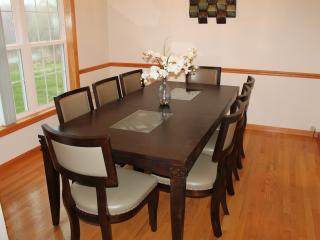 Lakeview, 4 Bdrms, Sleeps 10, near Mt. Airy Casino