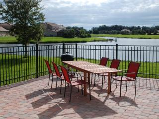 Home on Lake Bellalago w/ Tohopekelaga access, Kissimmee