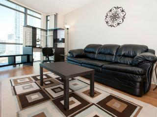 Convertible 3 Bedroom Suite - Harbourview Estates, Toronto