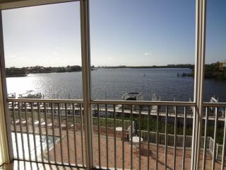 WATERFRONT VACATION RENTAL BONITA SPRINGS FL