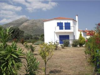 Beautiful Villa - unspoilt Greek Island of Evia