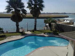 Affordable vacation get away !Close the beach.  wi, Corpus Christi