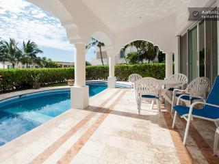 Casa Miramar - impresionante casa de vista al mar para 10!, Playa del Carmen