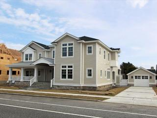 10416 Second Avenue, Stone Harbor