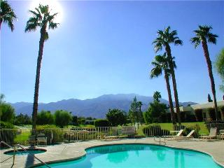 Remodeled 2-BD Warm Retreat in Palm Springs Area, Cathedral City