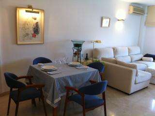 Tranquilo y bonito apartamento en Portals Nous