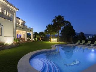Namasteé Luxury Villa for rent with staff Marbella