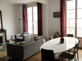 Parisian Apartment Rental at Le Grenelle, París