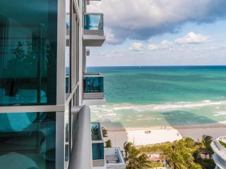 NEW! Modern Suite with Ocean View and Miami Downtown