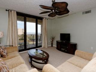 Island Club 4402, 2 Bedrooms, Ocean View, Large Pool, Sleeps 8, Hilton Head