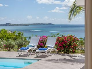 VILLA SEA DREAM...Wonderful 3 BR with ocean and sunset views in Happy Bay, St Ma