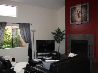 Private Second Floor Tucson Vacation Rental (MINIMUM 30 DAY STAY)
