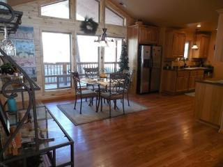 Beautiful Home with Valley Views, Ruidoso