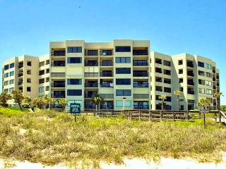 Best 2 BR Condo, Surf + Racquet SPRING IS LEASING, Fernandina Beach
