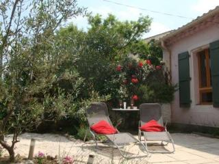 Wineworkers cottage - One bedroom cosy cottage with private garden, Pouzolles