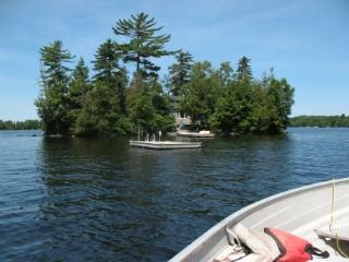 #142 Getaway to a Moosehead Lake island!