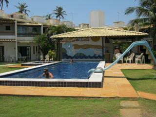 BEACHFRONT Townhouse, 3 Bedroom, 3.5 Bath, Flamengo Beach, Salvador, Brazil
