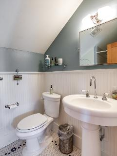 Full Bathroom - upstairs