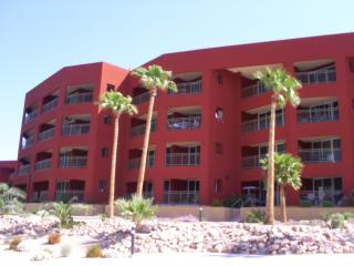 Laughlin NV. River Front Condo 3BR. 2BA Sleeps 10, Bullhead City