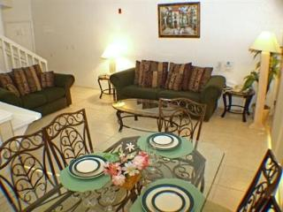 Nicely decorated 2 Bedroom 2 Bath Townhome in Mango Key. 3178LB, Kissimmee