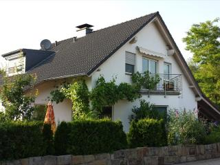 Vacation Apartment in Bensberg - 538 sqft, modern, fully equipped, conveniently located (# 5189), Delbruck