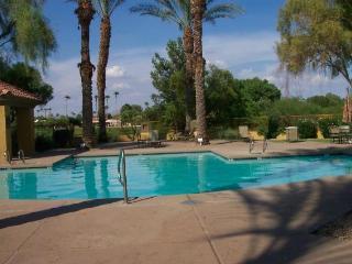 Hot deal for prime area 1 Bedroom in Scottsdale