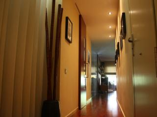 Your home away from home. Cozy flat in Eixample