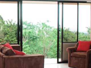 Apartment with Panoramic View of Managua Lake
