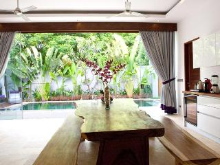 Tw Bedroom Private Pool Villa Viollete Legian