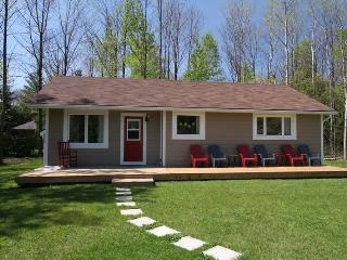 Black's Point Retreat cottage (#860), Goderich
