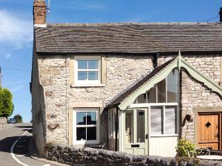 12 THE GREEN, romantic cottage, woodburning stove, patio with village views, en-suite, in Middleton Ref 16437, Wirksworth