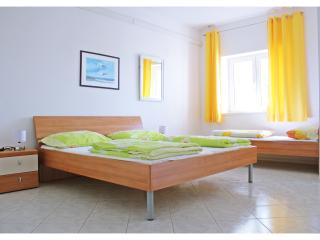 krolo apartments, Okrug Gornji