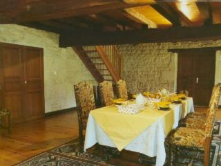 Breakfast/Dining Room - Buffet style with homemade breads and croissants