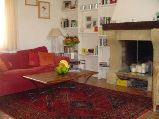 Living Room / Sofabed