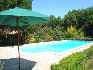 Chambres d'hote with pool near Cahors