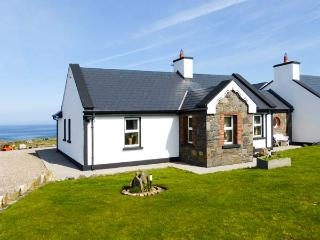 CEOL NA MARA, family friendly, with a garden in Spanish Point, County Clare