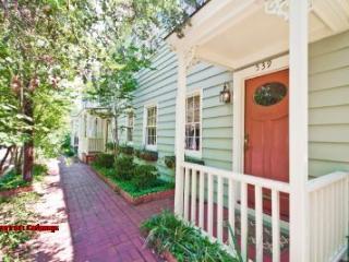 1034: Taylor Street B, Savannah