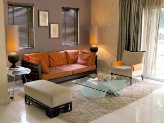 Amishahome  3 Bedrooms Holiday Rental Kuala Lumpur