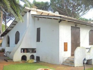 Magnifica Villa in residence a 100 mt dalla spiagg, San Felice Circeo